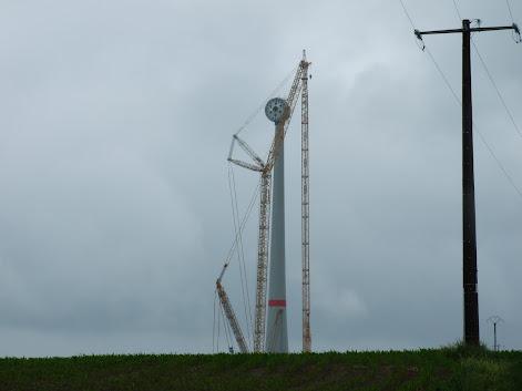 Onze éoliennes de 6MW à Estinnes ! - Page 6 DSCF0907.JPG