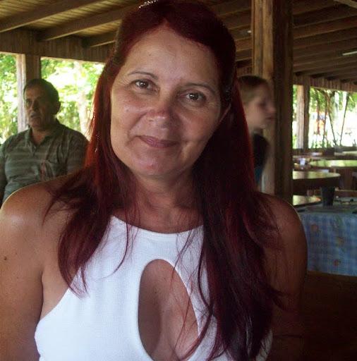 Edna Fernandez