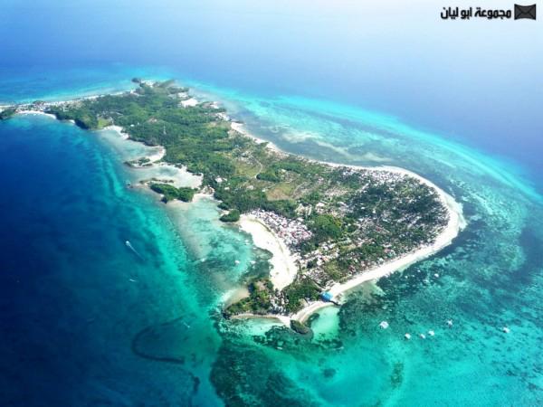 اغرب 10 : جزر في العالم Searhorse-Island-600x450