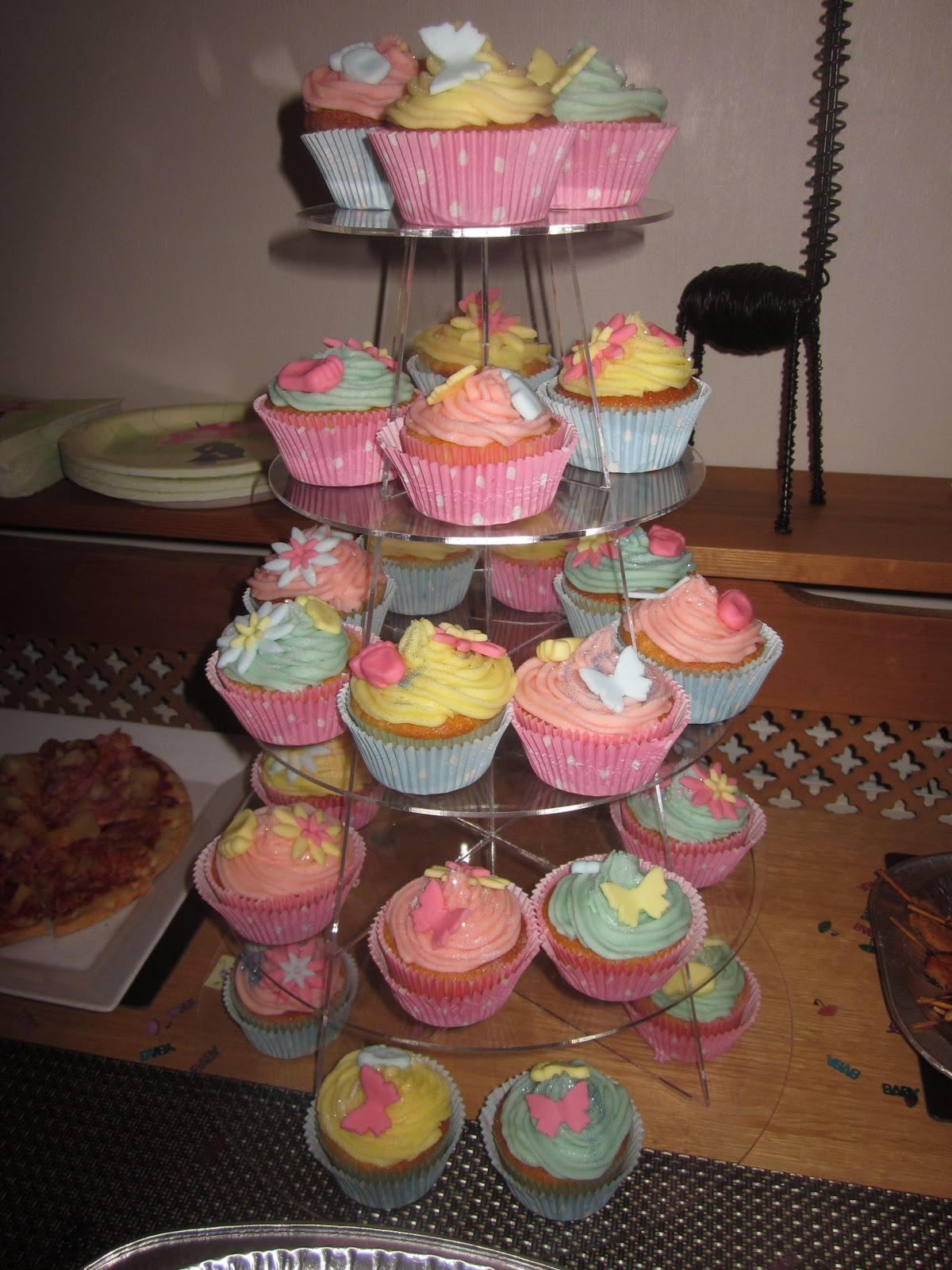 baby shower cupcake tower