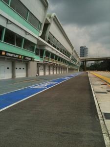 Singapore F1 Pit Photo 5