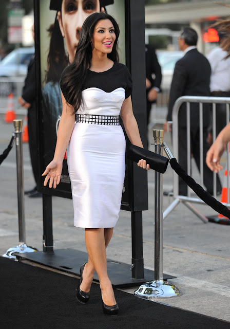Kim Kardashian In Black N White Dress Hot Pics