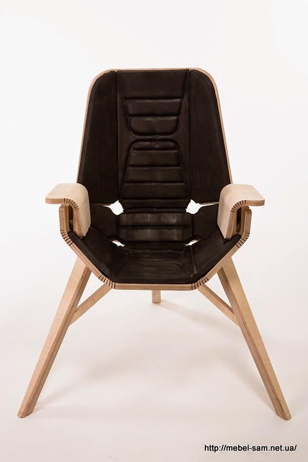 Вид фанерного кресла спереди