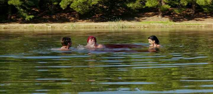 Single Resumable Download Link For English Movie Zombeavers (2014) Watch Online Download High Quality