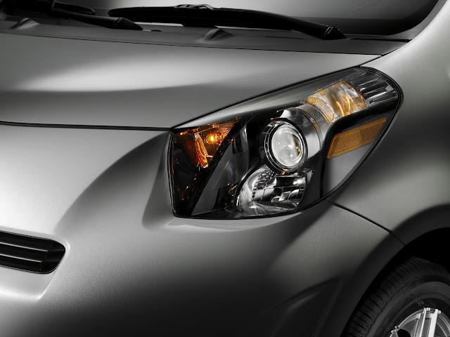 08 2011 scion iq Toyota Scion iQ Electric Car To Launch In 2012