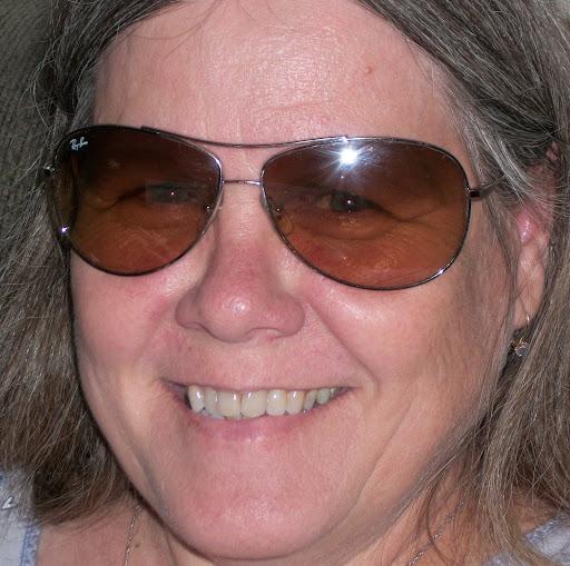 Lynn Curtis Photo 23