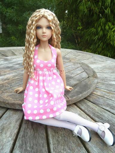 Alice (Leona JID Iplehouse) en cure de remise en forme (p 2) Essai%2520perruques12