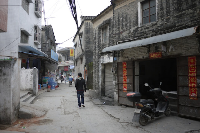 older buildings along an alley in Nanping, Zhuhai, China
