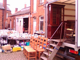 The old Tom Cat Inn yard, now antiques rummage stalls