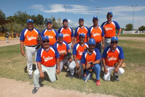 Equipo Insulinos Norte del torneo de softbol dominical