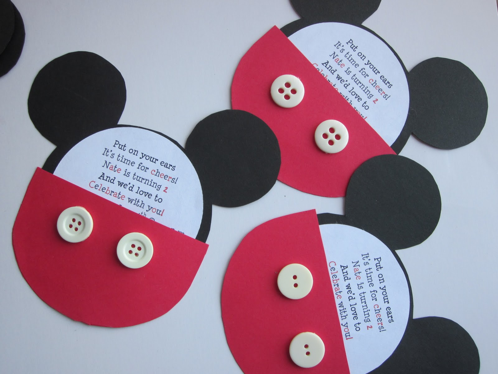 In Flight Party Ideas: Mickey Mouse Birthday Invitation Guest Tutorial