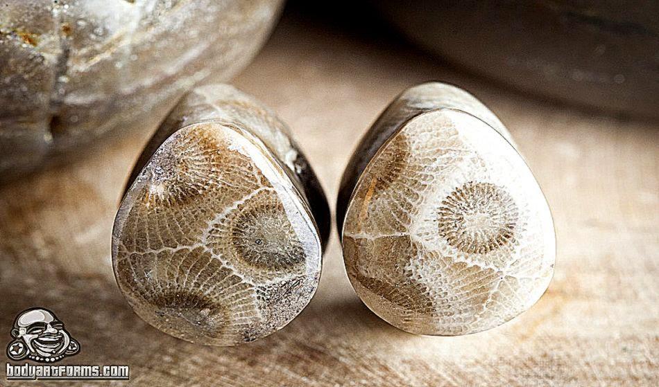 """Bodyartforms • 12"""" stone teardrop plugs by Oracle"""