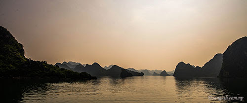 Silhouette of Ha Long Bay
