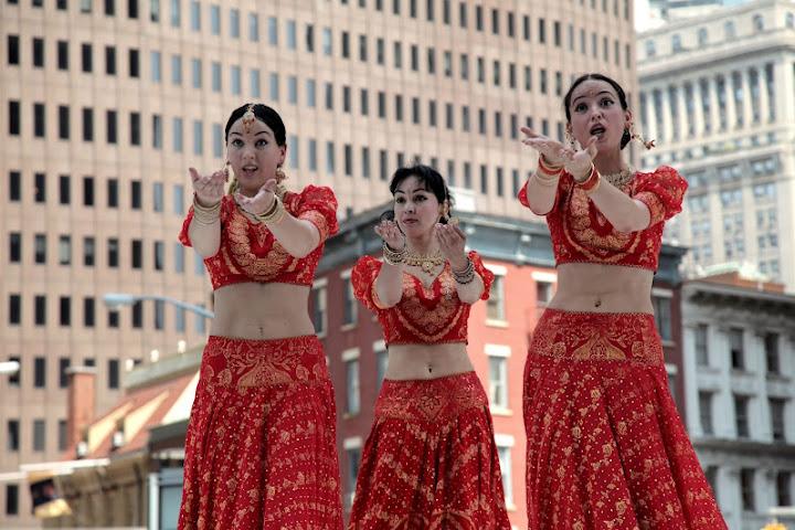 MAYURI DANCE GROUP - Page 2 Mayuri%2520Dance%2520Co%252026