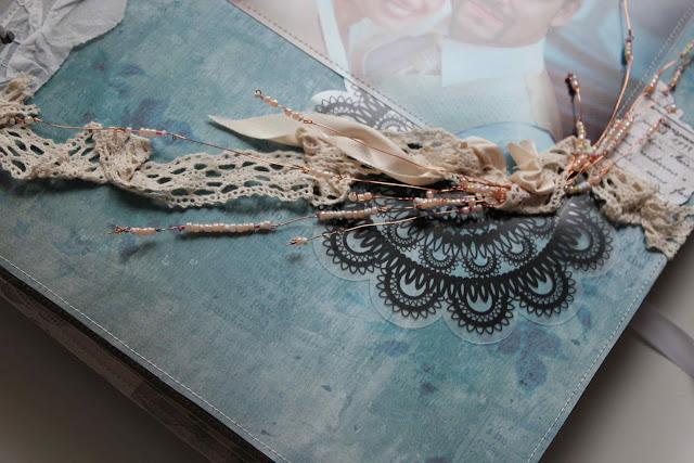 Свадебная скрап-страничка с бисерными веточками