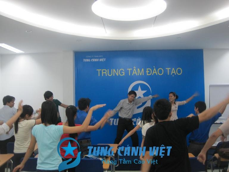tung-canh-viet-khoa-hoc-ky-nang-tim-viec-lam-luong-cao-jss09