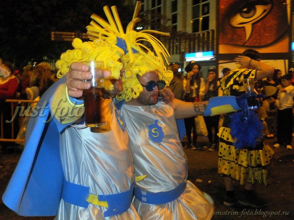 Carnival Cabalgata 2012 фото