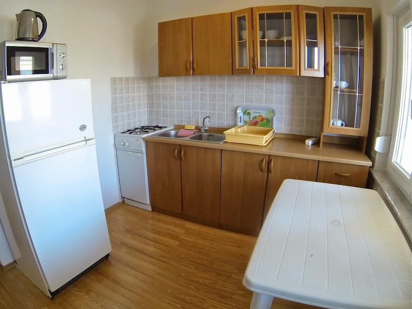 két hálószobás vir szigeti villa dobra holiday apartman 5 konyha