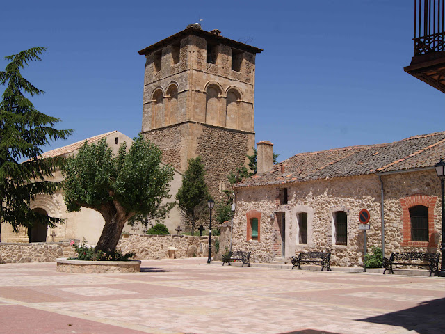 Plaza Mayor de Sotosalbos