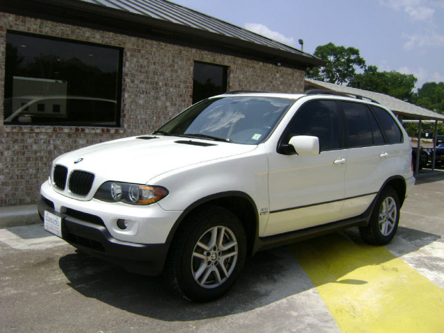 bmw automobiles bmw x5 2004 white. Black Bedroom Furniture Sets. Home Design Ideas