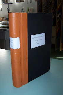 Schreibbuch mit Sprungrücken