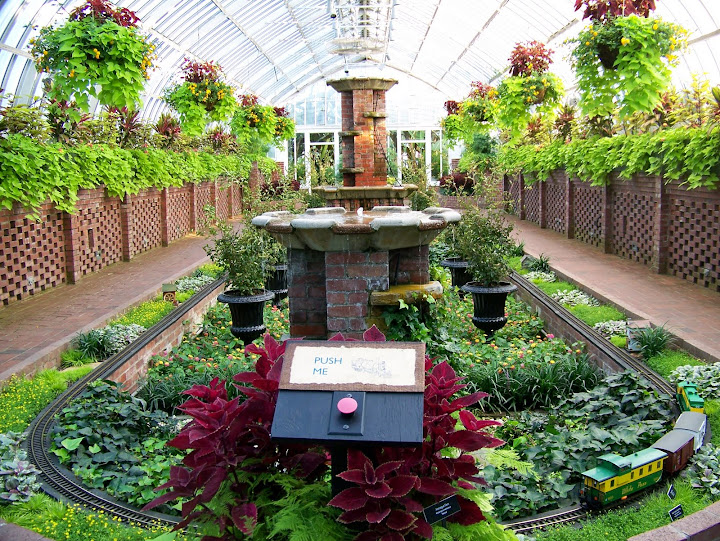 Phipps Conservatory And Botanical Gardens, Pittsburgh