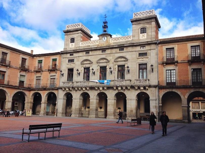 Plaza Mayor. Lugares de interés en Ávila España