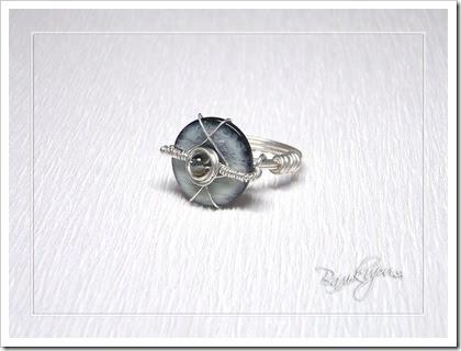 кольцо-с-синей-пуговицей