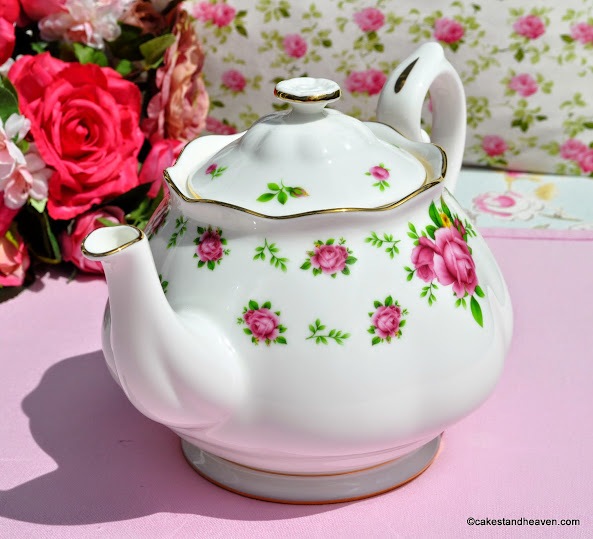 Pink Roses on White China 2 Pint Teapot
