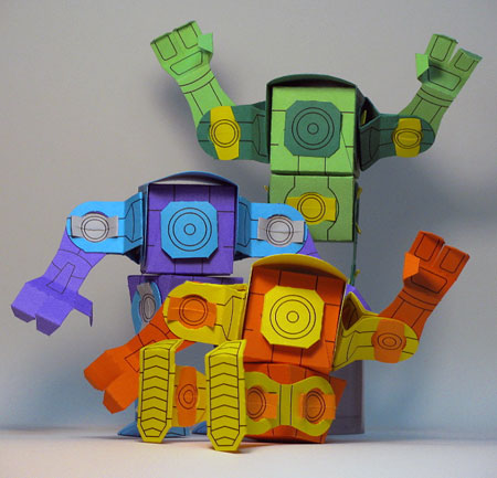 GuppE Robot Paper Toy