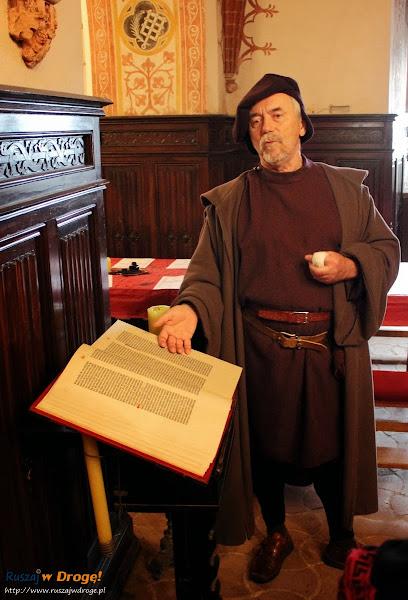 Jan Gutenberg opowiada o Biblii na Jarmarku Cysterskiego w Pelplinie
