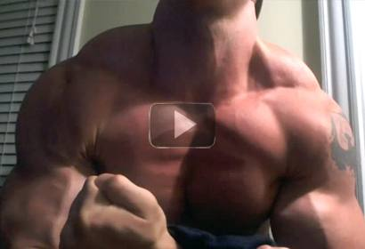 Ripped Young Muscle Stud Flexes On Webcam