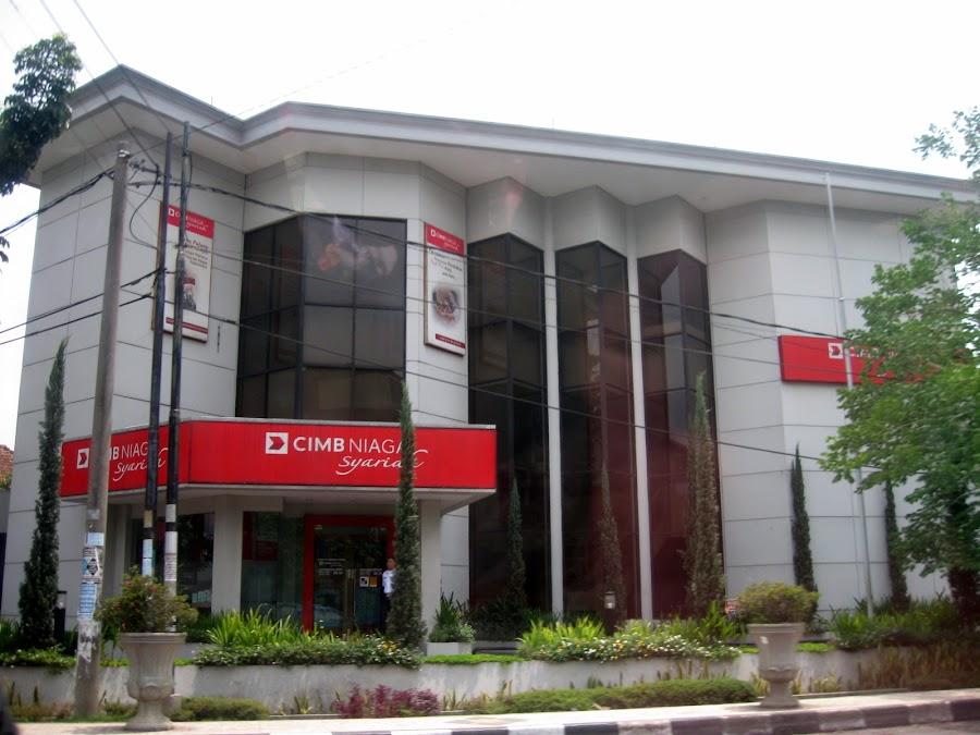 Bank Cimb Niaga Syariah Gatsu Bandung Indonesia