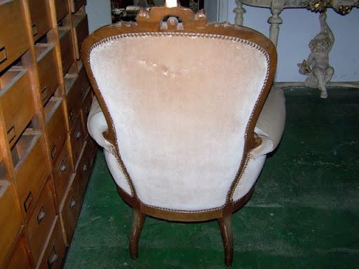 Par de sillones antiguos de un cuerpo estilo colonial 1 for Sillones antiguos