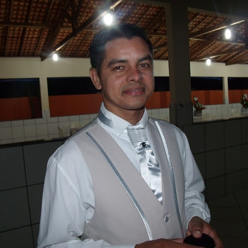 Oscar Tavares