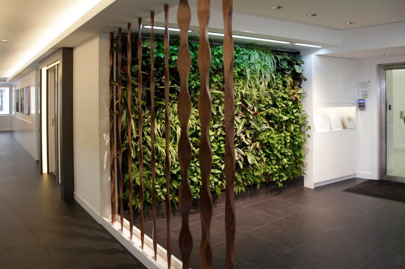 Jard n vertical interior leafbox en madrid urbanarbolismo for Jardin vertical madrid