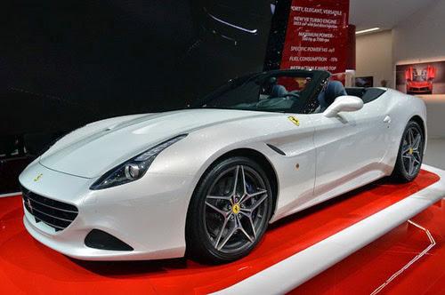 Ferrari California T: Siêu xe rẻ nhất trình làng - 4