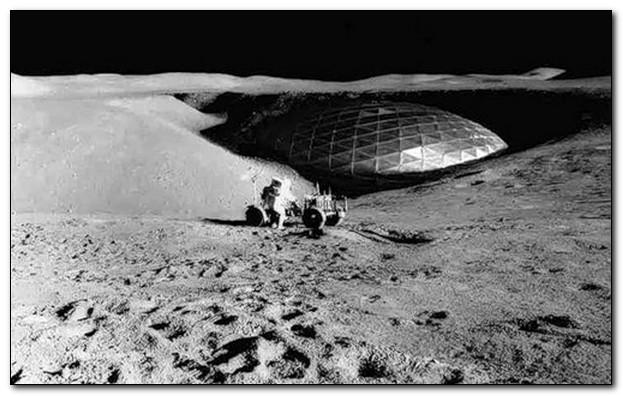 Американский астронавт Армстронг первым ступил на поверхность Луны, ну и что дальше?