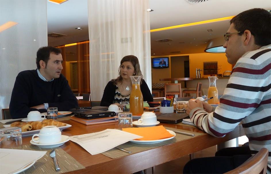 Entrevista a Javier Abrego, fundador de TweetCategory durante su visita a Valladolid a actitudMPT para hablar de TweetCategoy , y Twitter.