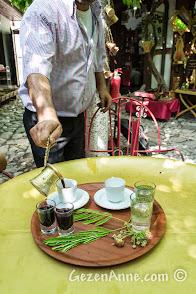 Safranbolu, Arasta Boncuk Cafe'deki közde kahve