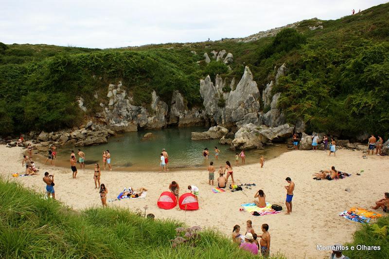 Playa de Gulpiyuri, Llanes, Astúrias