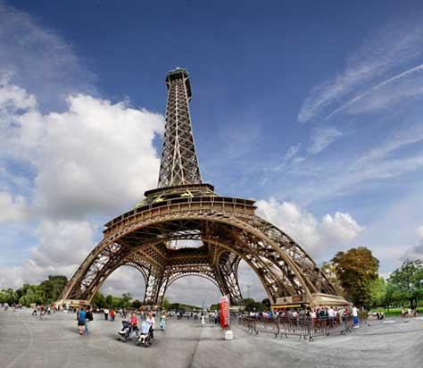 Tour Eiffel, desde abajo