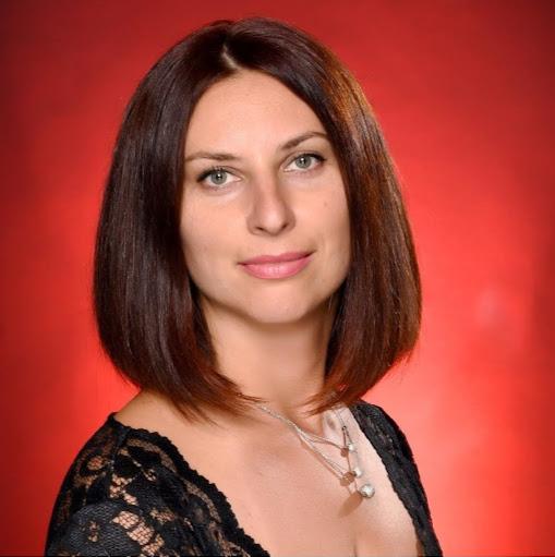 Anna Bologova Photo 3