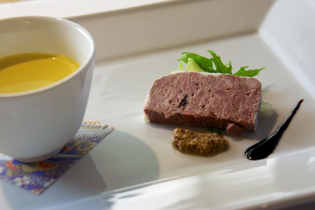 カボチャの冷製スープ & パテ・ド・カンパーニュ(豚の田舎風パテ)