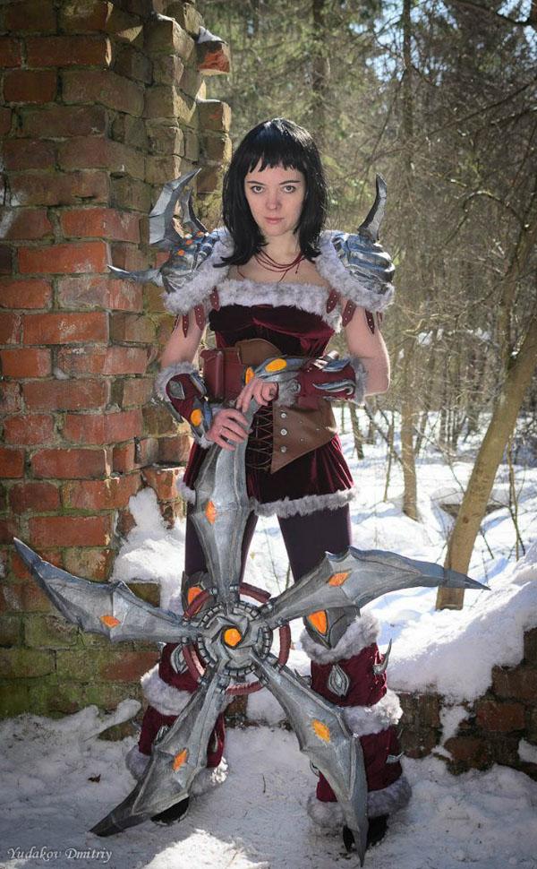 Vẻ đẹp của nữ chiến binh kiều diễm Sivir trong giá lạnh - Ảnh 7