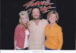 2005 Queen Azalea, Kelly Packard with Recording Artist, Travis Tritt