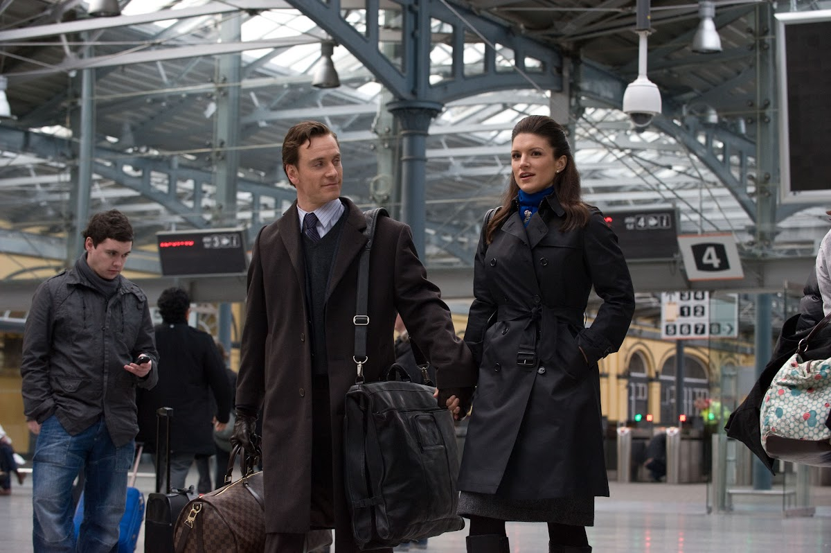 Haywire: Michael Fassbender is Paul and Gina Carano is Mallory