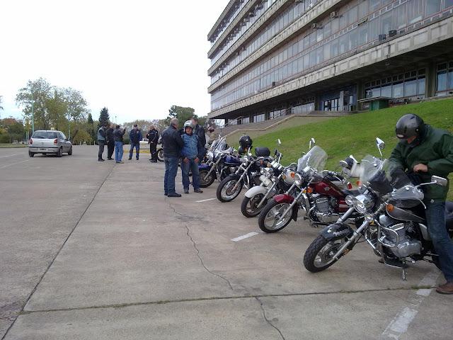 Relato, videos e imágenes de la Charla de Conduccion Segura  del 29/05/2011 29052011144