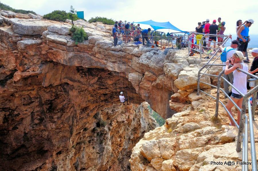 Снеплинг, Пещера Радуга, Меарат Кешет в национальном парке Адмит. Экскурсия по Западной Галилее. Гид в Израиле Светлана Фиалкова.