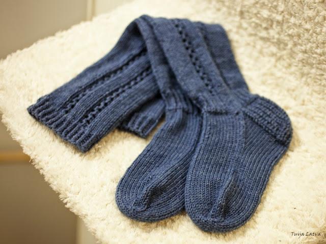 Siniset Paula -sukat